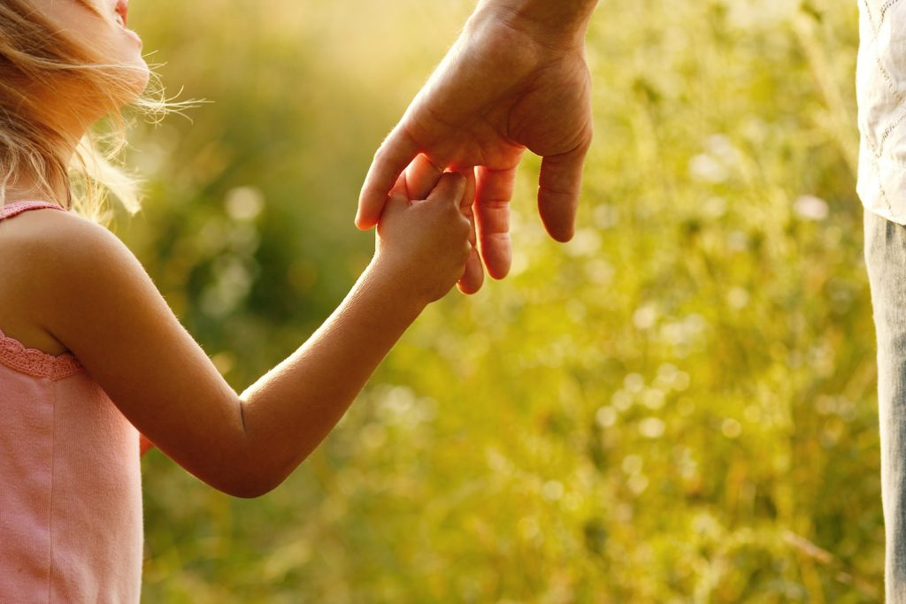 5 Tips for Raising Empathetic Kids