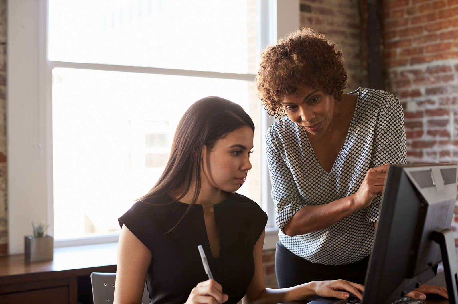 4 Qualities To Seek Out In Finding The Right Mentor For You